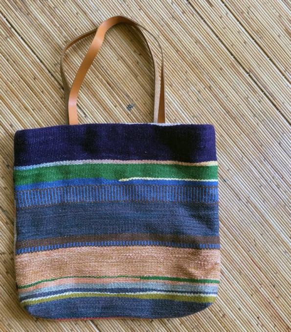 グレー緑かばん 織物