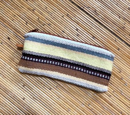織物ポーチ