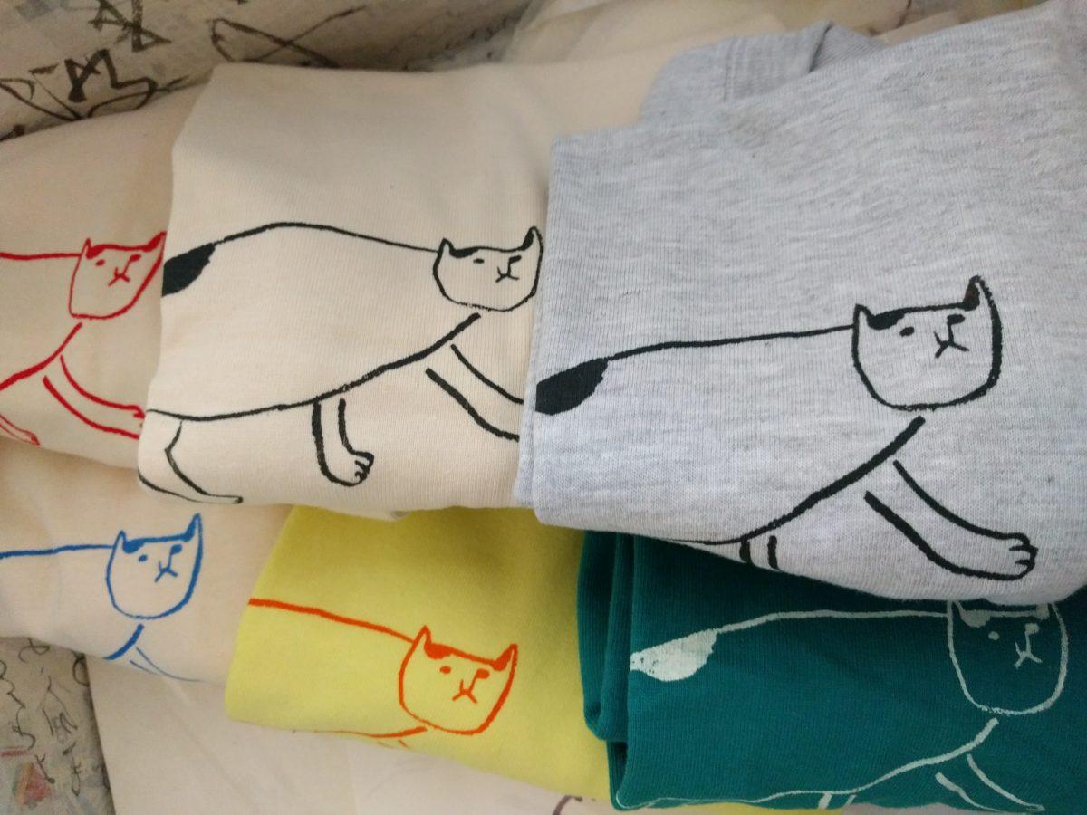 ねこTシャツ